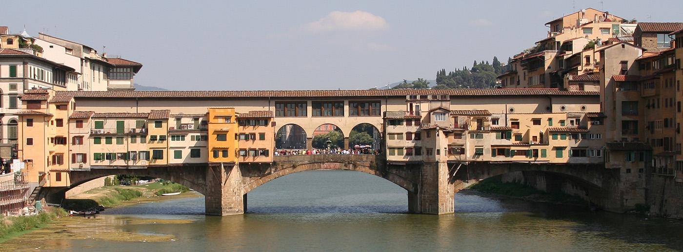 Ponte_Vecchio_visto_dal_ponte_di_Santa_Trinita
